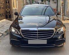 Bán Mercedes E200 màu đen full 2020  giá 1 tỷ 890 tr tại Tp.HCM