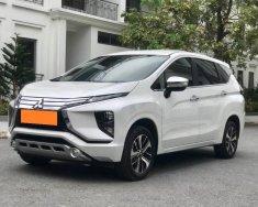 Gia đình bán Mitsubishi Xpander 2019 dk 2020, số tự động, màu trắng giá 596 triệu tại Tp.HCM