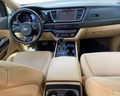 Bán Kia Sedona 2018 đk 2019 tự động, bản thường DAT, máy dầu, màu Đen giá 916 triệu tại Tp.HCM