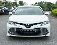 Bán xe Toyota Camry 2.0G 2021, màu trắng giá 1 tỷ 29 tr tại Hải Dương