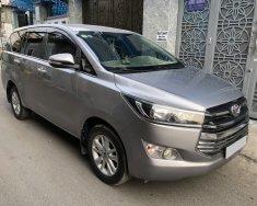 Gia đình cần bán xe Toyota Innova 2017 số sàn, màu bạc, còn mới tinh giá 536 triệu tại Tp.HCM