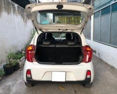Gia đình cần bán xe Kia Moring 2018, động cơ 1.2L, số sàn, màu trắng còn mới tinh giá 252 triệu tại Tp.HCM