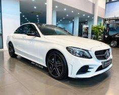 Bán Mercedes C300 2021 màu trắng, siêu lướt, duy nhất trên thị trường, giá cực tốt giá 1 tỷ 950 tr tại Hà Nội