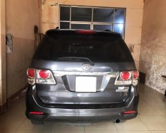 Gia đình cần bán Toyota Fortuner 2012, số sàn, máy dầu, màu xám chì giá 576 triệu tại Tp.HCM