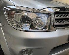 Tôi cần bán Toyota Fortuner 2010, số tự động, máy xăng, màu bạc giá 435 triệu tại Tp.HCM