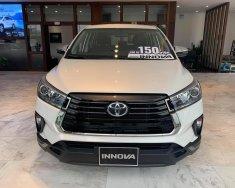 Toyota Innova 2.0E MT tặng gói bảo dưỡng 3 năm - trả trước 160tr giá 750 triệu tại Tp.HCM