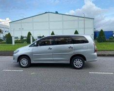 Tôi cần bán Toyota Innova 2013, số sàn, màu bạc giá 362 triệu tại Tp.HCM