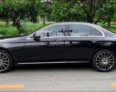 Mình cần bán xe Mercedes E200 2016 đăng ký 2017, số tự động, màu đen giá 1 tỷ 518 tr tại Tp.HCM