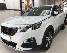 Gia đình bán Peugeot 5008 2019, số tự động, màu trắng giá 998 triệu tại Tp.HCM