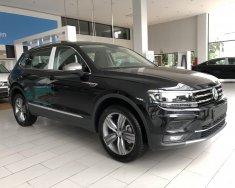 Volkswagen Tiguan Elegance, nhập khẩu, tặng quà hấp dẫn giá 1 tỷ 699 tr tại Quảng Ninh