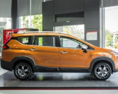 Mitsubishi Xpander Cross màu cam hiên tại đang được giảm giá cực kì khủng từ trước tới nay giá 670 triệu tại Đồng Nai