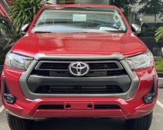 Bán ô tô Toyota Hilux E đời 2021, màu đỏ, nhập khẩu nguyên chiếc giá 674 triệu tại Tp.HCM