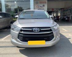 Cần bán gấp Toyota Innova E đời 2019, màu bạc giá 700 triệu tại Tp.HCM