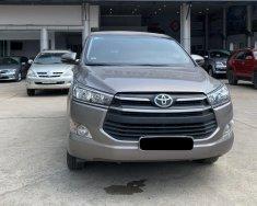 Bán Toyota Innova 2.0E đời 2018, màu nâu giá 640 triệu tại Tp.HCM