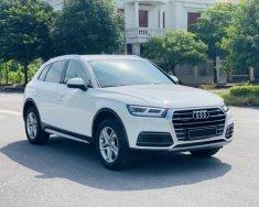 Bán Audi Q5 năm 2019, màu trắng, chính chủ giá 2 tỷ tại Hà Nội