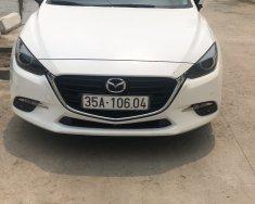 Do điều kiện gia đình, cần chuyển đổi công việc, muốn thanh lý chiếc xe Mazda 3.2.0 giá 560 triệu tại Ninh Bình