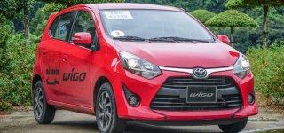 """Toyota Wigo """"hả hê"""" dành lấy ngôi vương từ Hyundai Grand i10"""